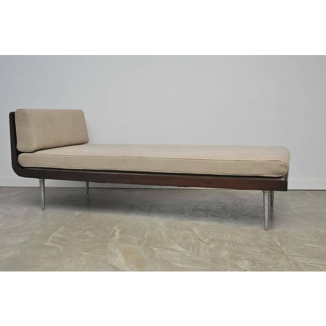White Rare Chaise Longue by Edward Wormley for Dunbar For Sale - Image 8 of 10