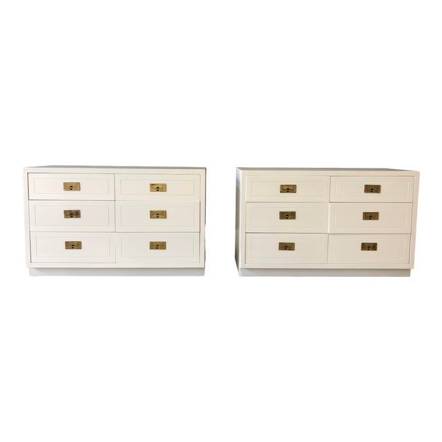 Pair of White Lacquered Henredon Campaign Chests For Sale