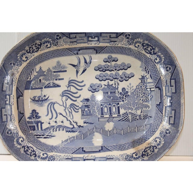 English Traditional 19th Century Staffordshire England Blue and White Transfer Ironstone Platter For Sale - Image 3 of 5