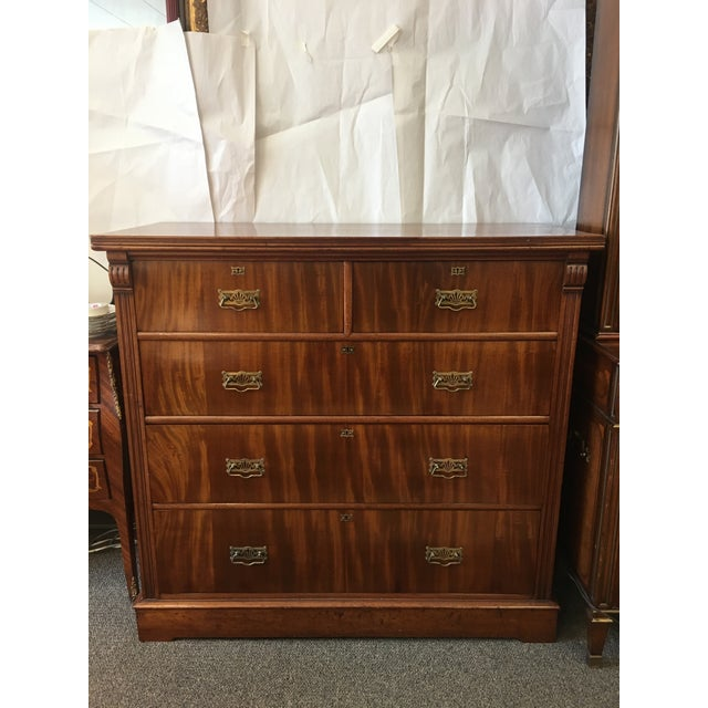 1900s Antique English Flamed Mahogany Chest Of Drawers For Sale - Image 9 of 10