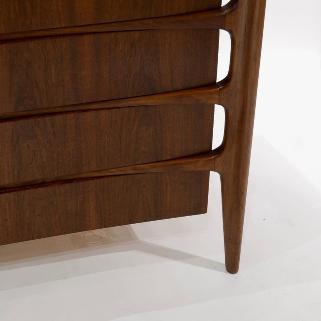 1960s William Hinn Scandinavian Mid-Century Modern Stilted Curved Chest or Dresser For Sale - Image 5 of 13