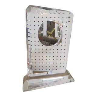 1960s Vintage Mid Century Modern Lucite Mantle Clock For Sale