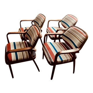 1970s Knoll Mid-Century Modern Chairs - Set of 4 For Sale