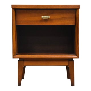 Walnut and Brass Mid Century Modern Nightstand For Sale