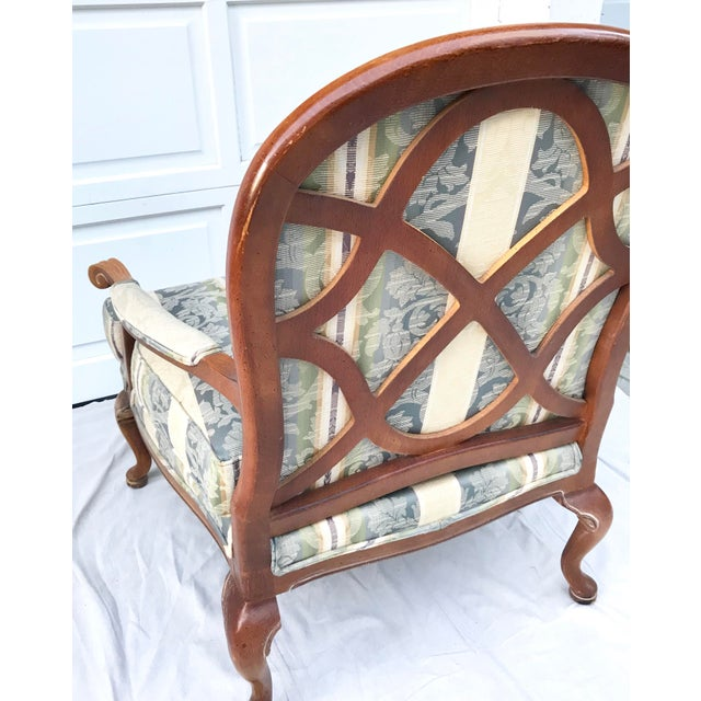 Late 20th Century Vintage Lattice Back Thomasville Chair For Sale In Los Angeles - Image 6 of 9