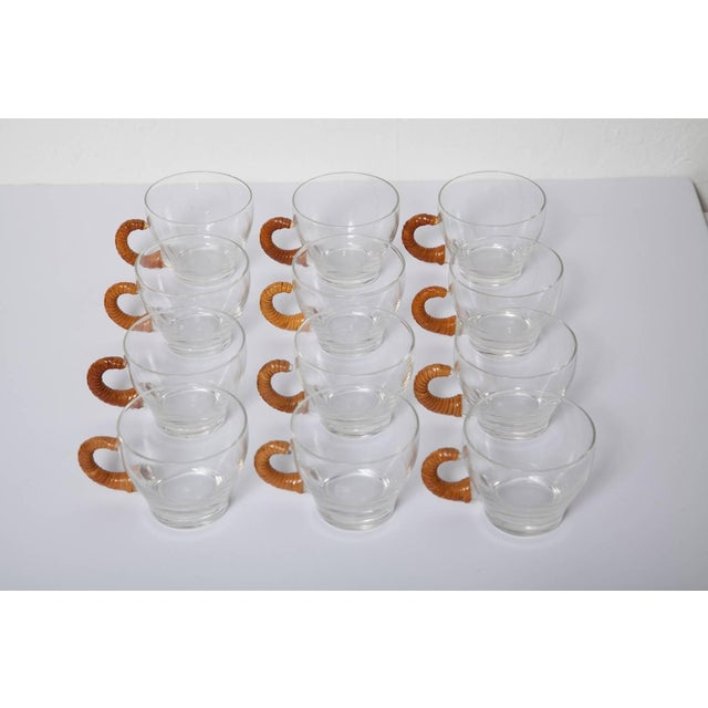 1950s Wicker Wrapped Glass Punch and Cups Bowl Set - 15 Pc. Set For Sale In Miami - Image 6 of 9