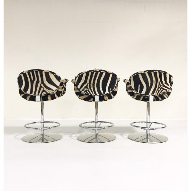 Hollywood Regency Vintage Pierre Paulin Tulip Bar Stool Chairs Restored in Zebra Hide - Set of 3 For Sale - Image 3 of 9