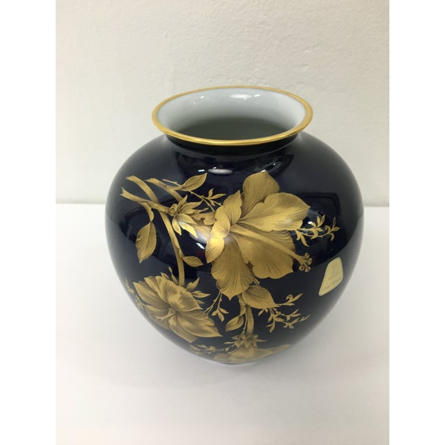 A.K. Kaiser Cobalt Porcelain Vase With 22 Carat Gold Floral Motif by A. K. Kaiser W Germany For Sale - Image 4 of 11