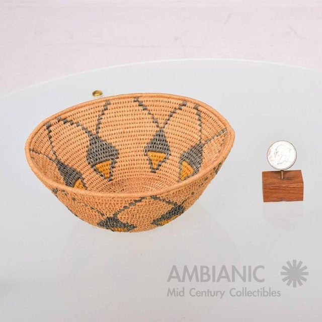 Native American Antique Native American Basket Bowl For Sale - Image 3 of 8