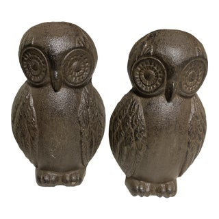 Vintage Cast Iron Owl Bookends - Set of 2 For Sale