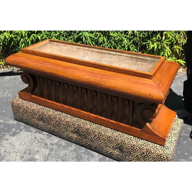 Neoclassical Carved Italian Neoclassical Mahogany Metamorphic Window Bench Jardiniere For Sale - Image 3 of 8