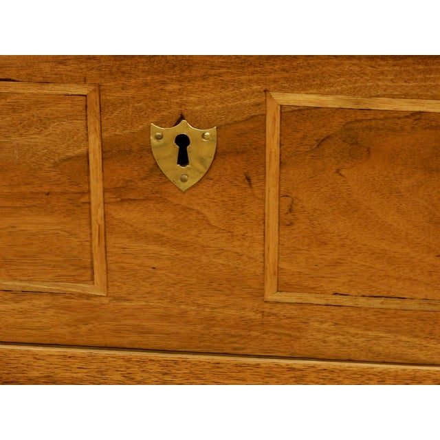 Walnut Early 19th Century French Commode For Sale - Image 7 of 10
