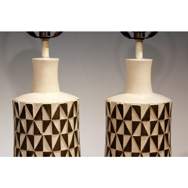 Plaster 1960s Vintage Faip Mid-Century Modern Geometric Plaster Chalkware Table Lamps - a Pair For Sale - Image 7 of 11