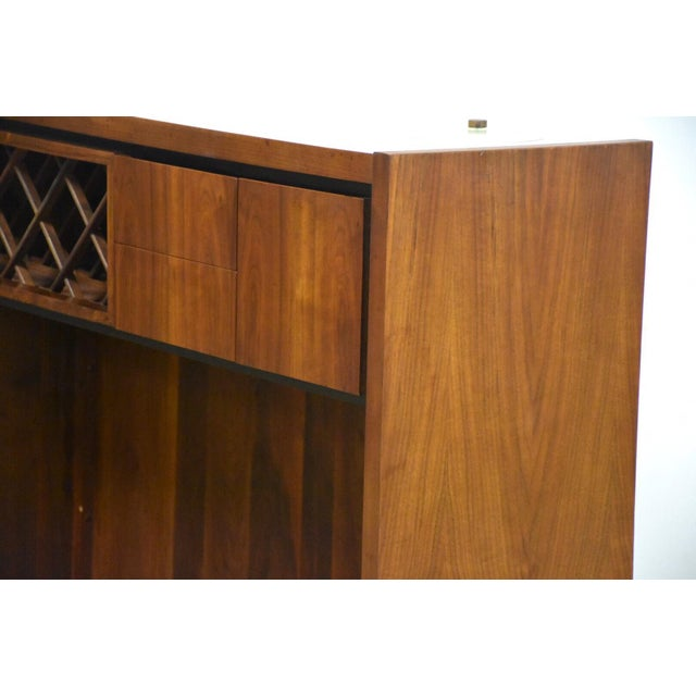 Dillingham Walnut Mid Century Bar For Sale In Boston - Image 6 of 11
