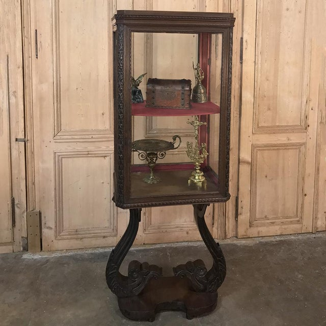 Baroque 19th Century French Louis X Collector's Vitrine For Sale - Image 3 of 13