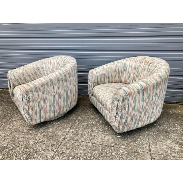 Modern 1980s Modern Milo Baughman Swivel Club Chairs - a Pair For Sale - Image 3 of 9
