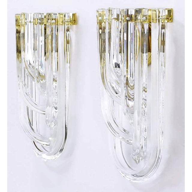 Mid-Century Modern Pair of Venini Bent Crystal and Brass Sconces For Sale - Image 3 of 9