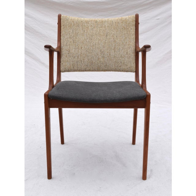 Danish Modern Dining Chairs by Johannes Andersen- Set of 6 For Sale - Image 10 of 11
