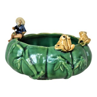 Vintage Asian Bowl With Fisherman & Frogs For Sale