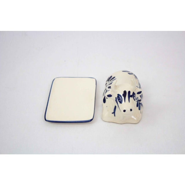 Farmhouse Mid 20th Century Hand Painted Blue & White Cow Butter Dish For Sale - Image 3 of 7