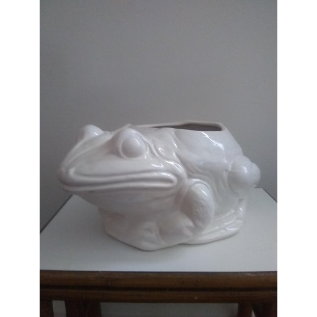 This large whimsical white white frog planter has a boho chic feel to it. Quite heavy and detailed.