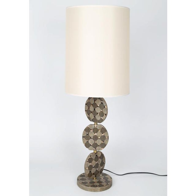 Modern SCULPTURAL TABLE LAMP IN SHAGREEN AND HORN BY R & Y AUGOUSTI, CIRCA 1980S For Sale - Image 3 of 10