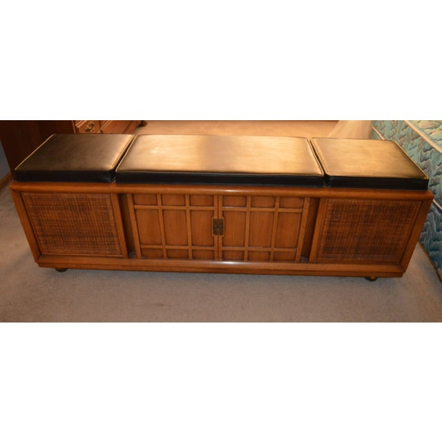 1965 Mid-Century Modern Drexel Heritage Hi-Fi Stereo Console For Sale In Chicago - Image 6 of 6