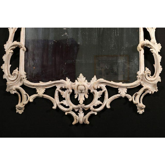 George III White Painted Rococo Mirror For Sale - Image 4 of 4