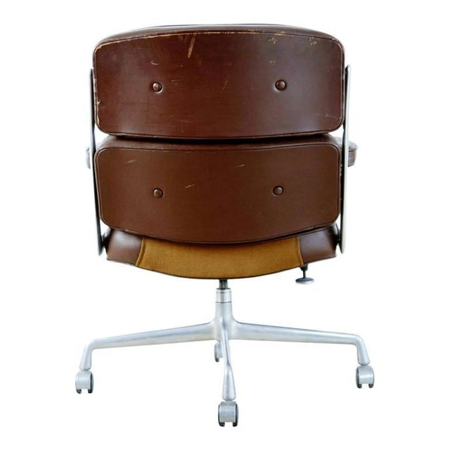 brown leather time life executive desk chair by charles eames for herman miller chairish. Black Bedroom Furniture Sets. Home Design Ideas