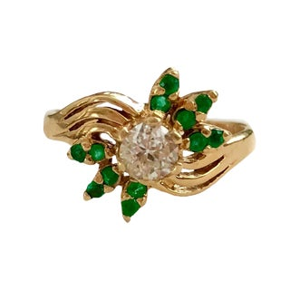 Vintage 14k Gold EmErald and Diamond Ring For Sale