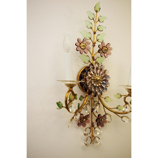 1960s Austrian vintage crystal flowers wall sconce For Sale - Image 5 of 10
