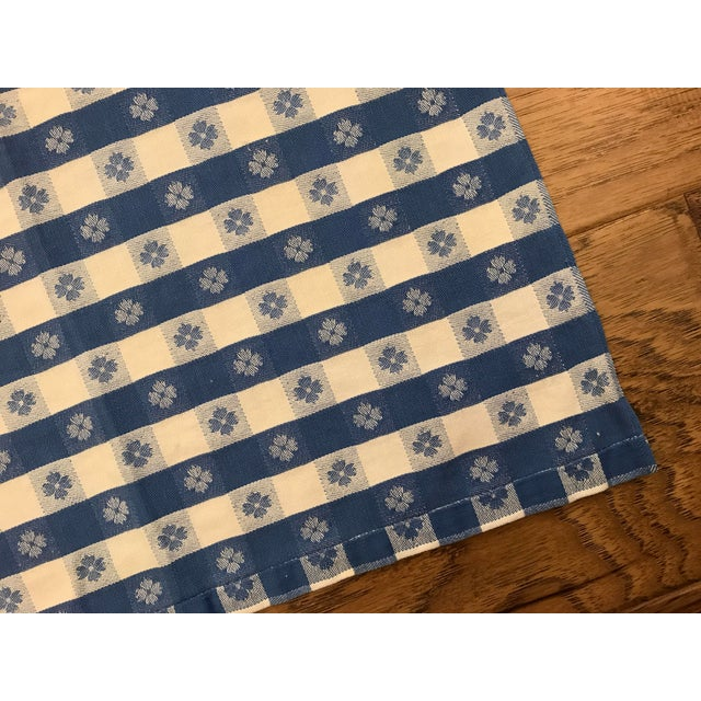Blue Mid-Century Blue White Flower Design Tablecloth For Sale - Image 8 of 8