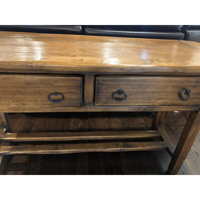 Beautiful solid wood sofa table with 2 drawers in excellent condition! Made by Hailey Idaho farmhouse collection