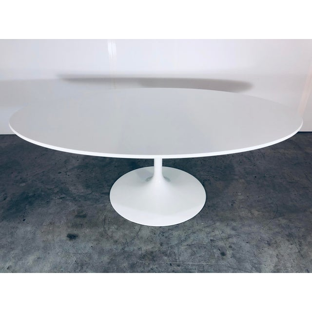 Metal Mid-Century Modern Eero Saarinen for Knoll Oval White Laminate Tulip Coffee Table For Sale - Image 7 of 12