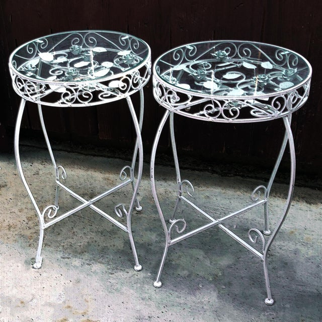 1960s Palm Springs Regency White Iron Rose Bud Decorated Side Tables - a Pair For Sale - Image 5 of 12