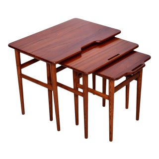 Danish Modern Hans J. Wegner Sculpted Modern Solid Teak Nesting Tables - Set of 3 For Sale