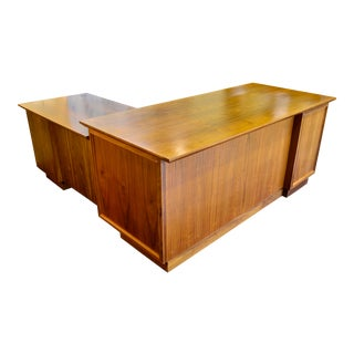 Mid-Century Modern Walnut Desk and Return For Sale