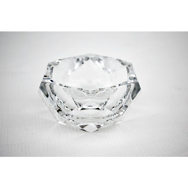 1960s Vintage Val Saint-Lambert Crystal Faceted Ashtray For Sale - Image 5 of 5