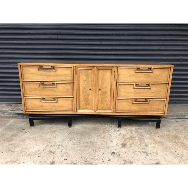 Mid Century Chinoiserie American of Martinsville Dresser For Sale - Image 13 of 13