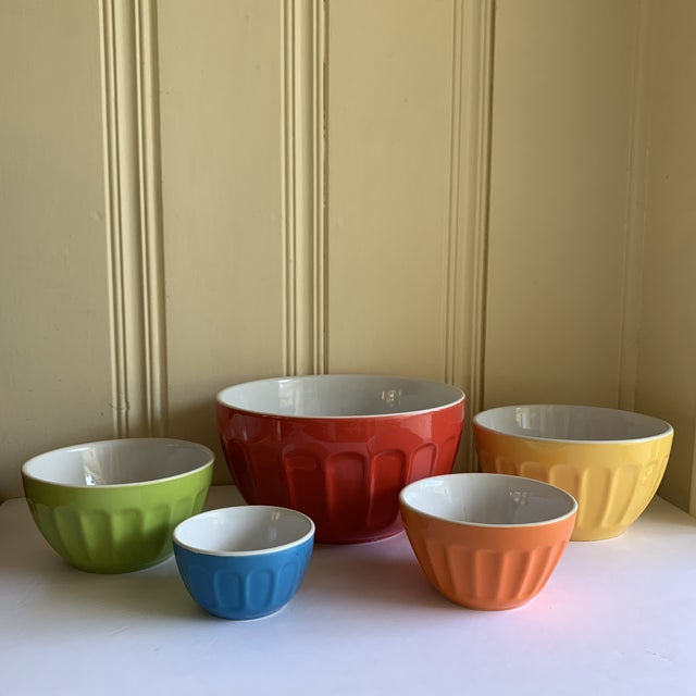 2010s Colorful Set of Five Assorted Nesting Bowls For Sale - Image 5 of 10