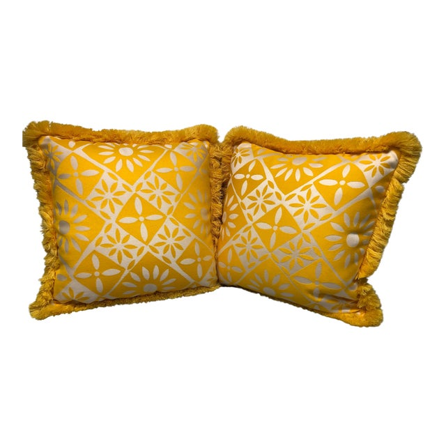 """Indoor/Outdoor 18"""" Throw Pillows With Fringe - a Pair For Sale"""