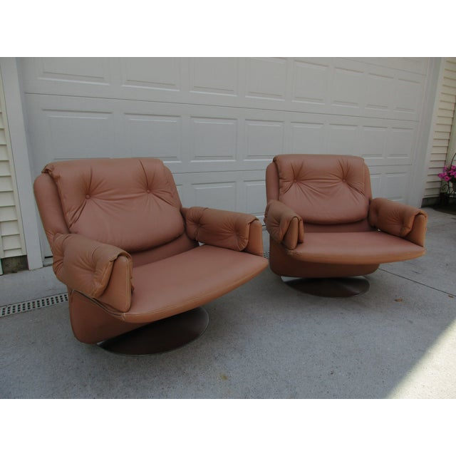 Purple Mid-Century Modern Swivel Lounge Chairs on Unique Cantilever Base -A Pair For Sale - Image 8 of 13