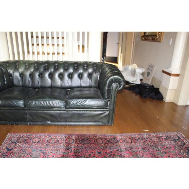Remarkable Vintage Green Leather Chesterfield Sofa Set Spiritservingveterans Wood Chair Design Ideas Spiritservingveteransorg