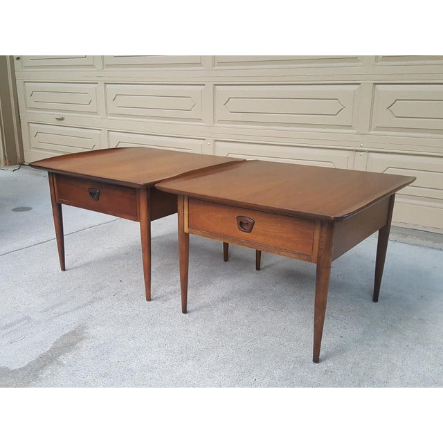 Bassett Mid-Century Modern Artisan End Tables - A Pair - Image 6 of 10