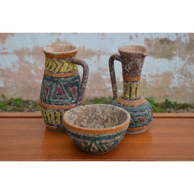 White Bitossi for Raymor Italian Lava Glaze Sgraffito Pottery Set For Sale - Image 8 of 9