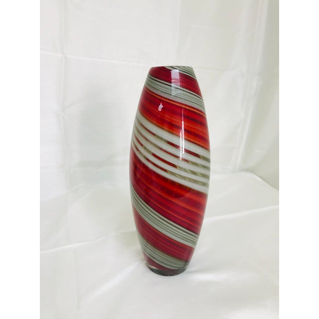 Contemporary Contemporary Art Glass Red & Grey Swirl Vase For Sale - Image 3 of 7
