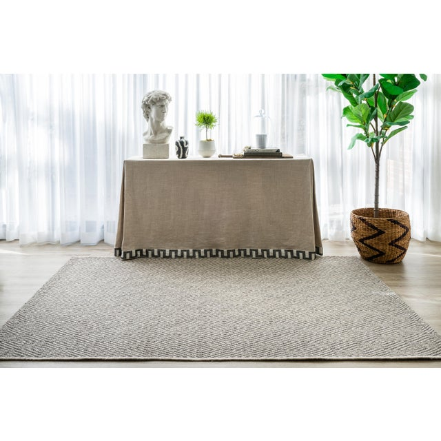 """Gray Erin Gates Downeast Wells Charcoal Machine Made Polypropylene Area Rug 2'7"""" X 7'6"""" For Sale - Image 8 of 10"""