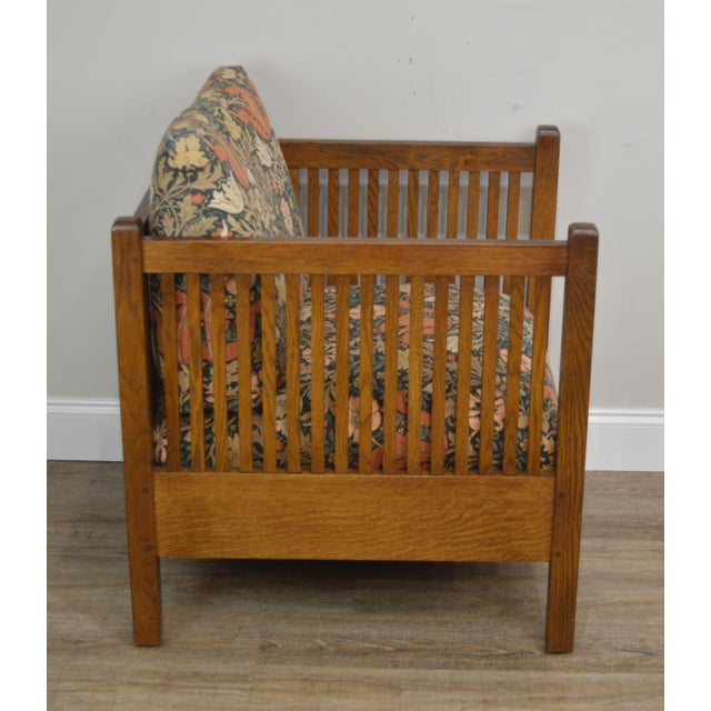 Stickley Stickley Mission Collection Oak Spindle Cube Chair For Sale - Image 4 of 13
