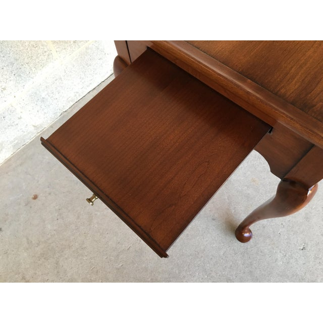 1970s Statton Old Towne Solid Cherry Queen Anne Tea Table For Sale - Image 5 of 8