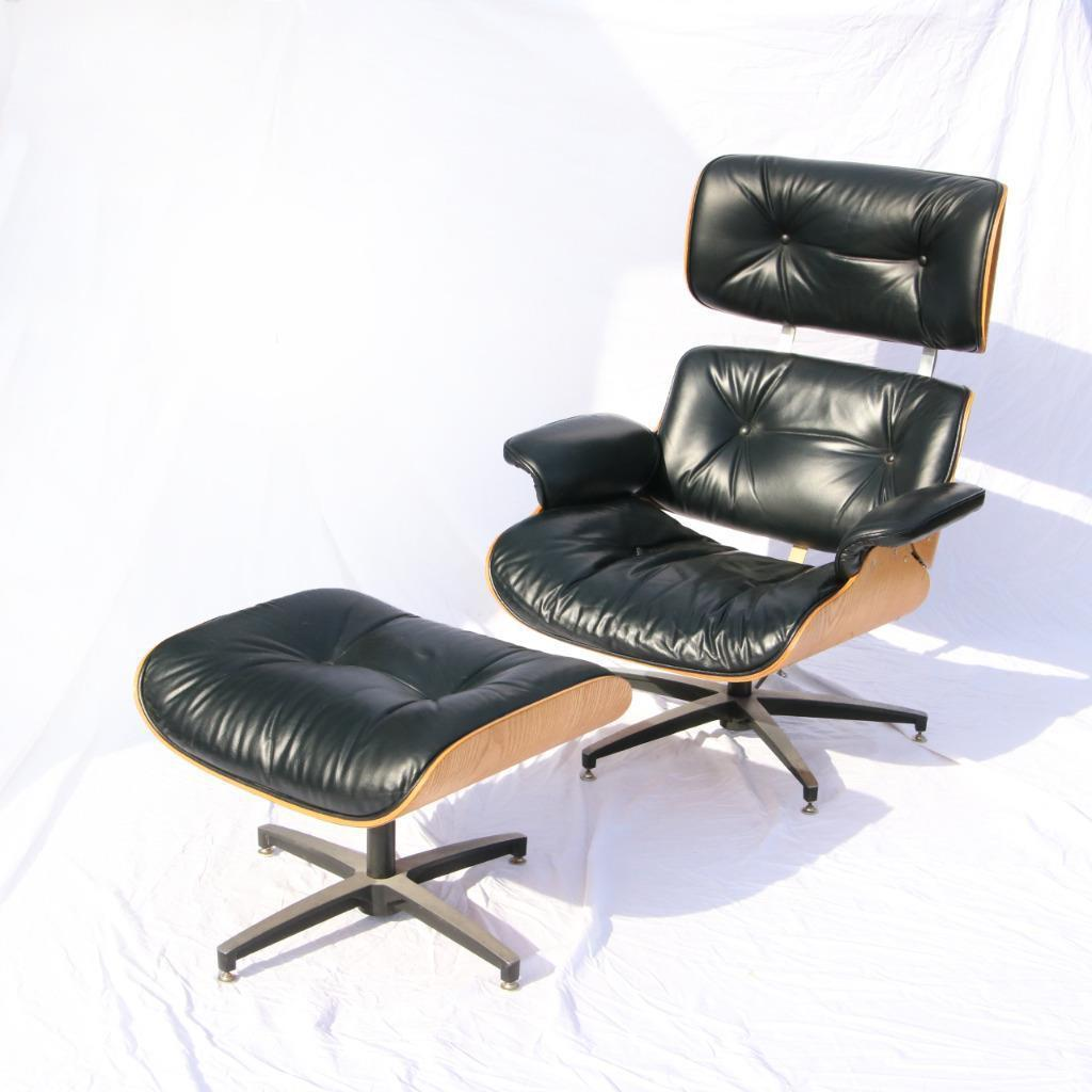 Attirant High Quality Vintage Eames Chair Manufactured By Selig In The 1960s /  1970s. Covered In